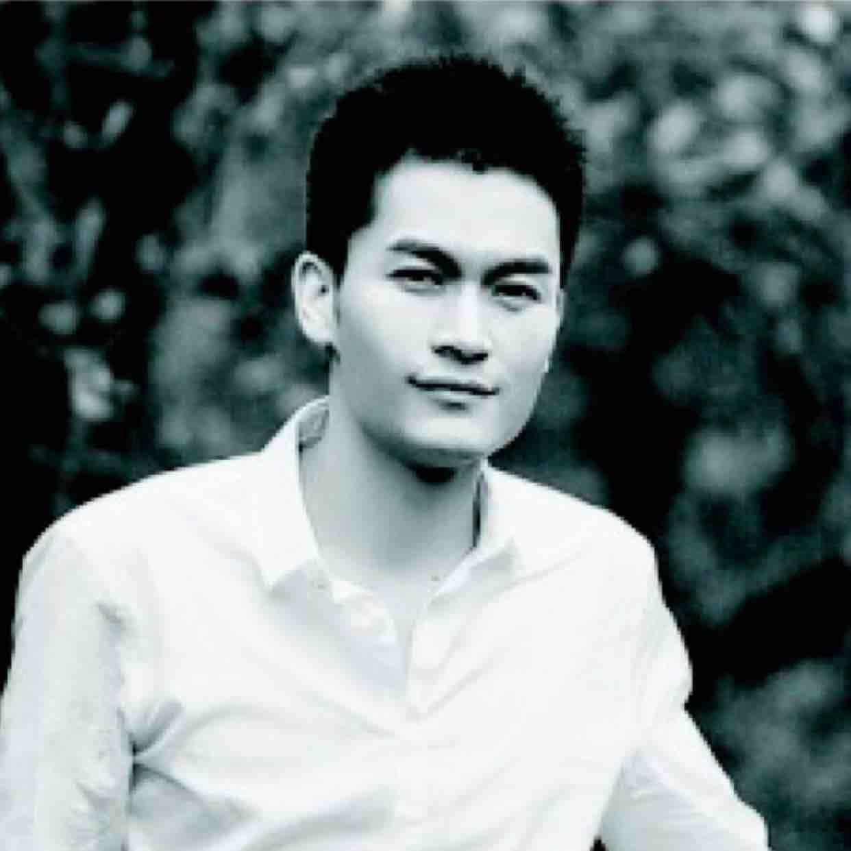 首创画室杨孟