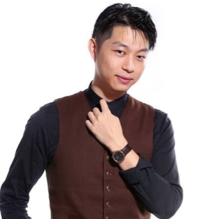 小泽-王墨校长