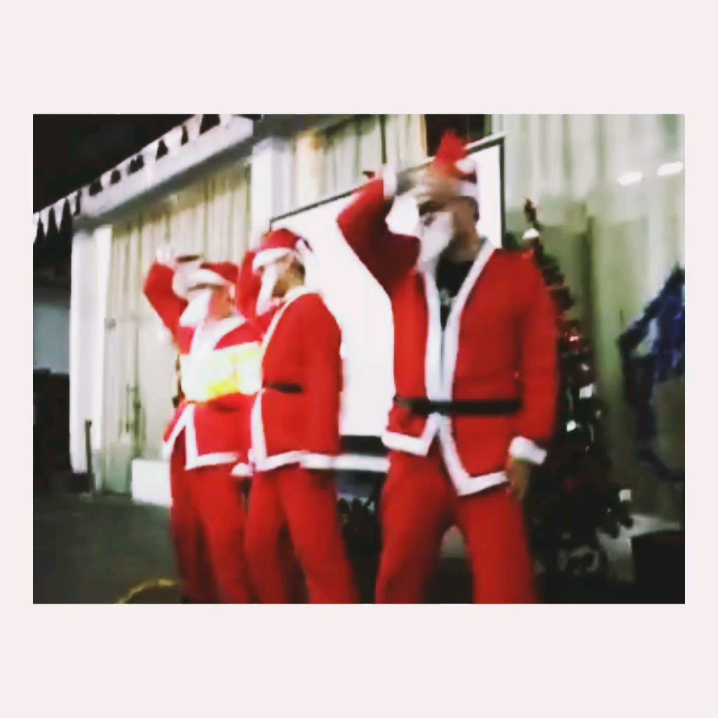 猜猜今晚谁是圣诞老人