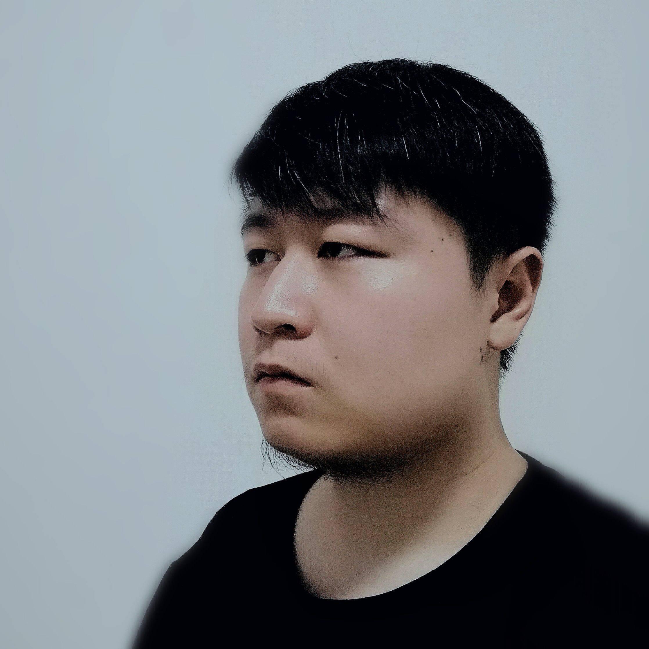 北京校尉-刘彤