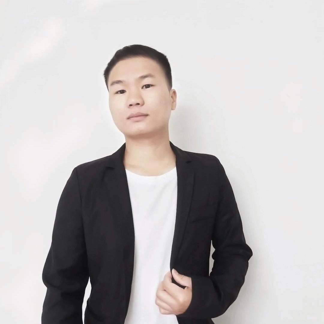 卓彩——王老师