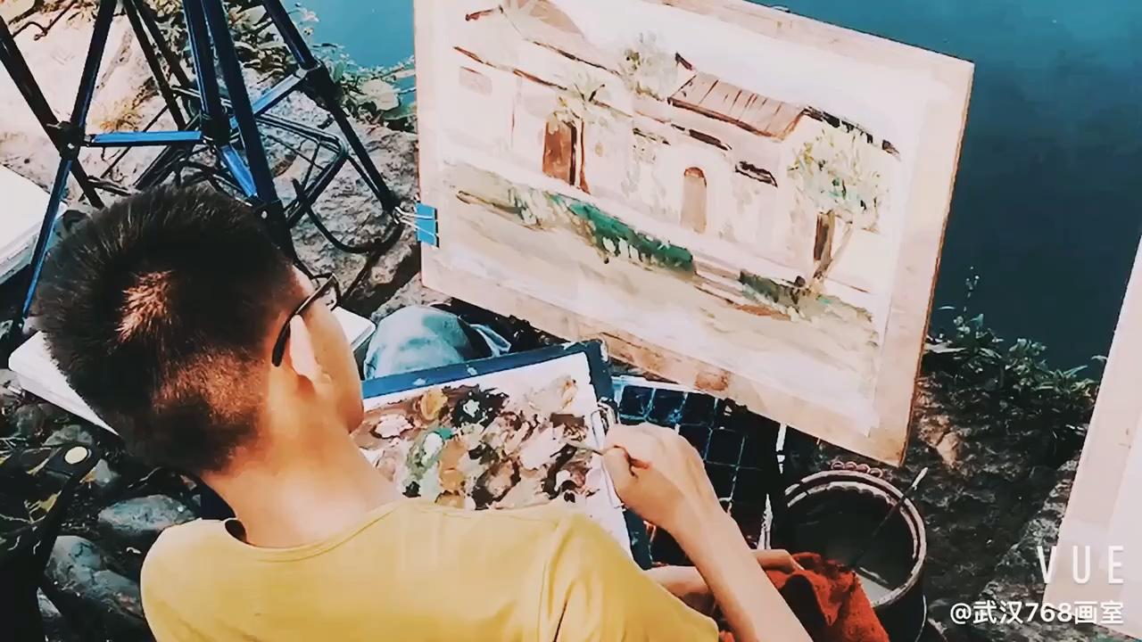 武汉768画室:你喜欢我,我给你优惠。——520表白日优惠活动 详情私信我