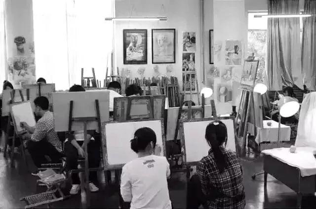 【联考倒计时】艺考文化课要求大幅度提高,作为一名美术生该靠什么逆袭?