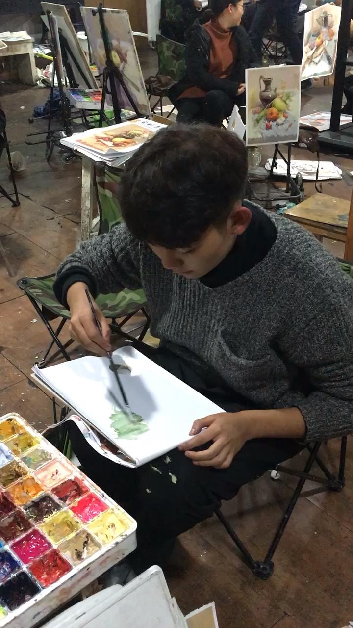 学生画风景