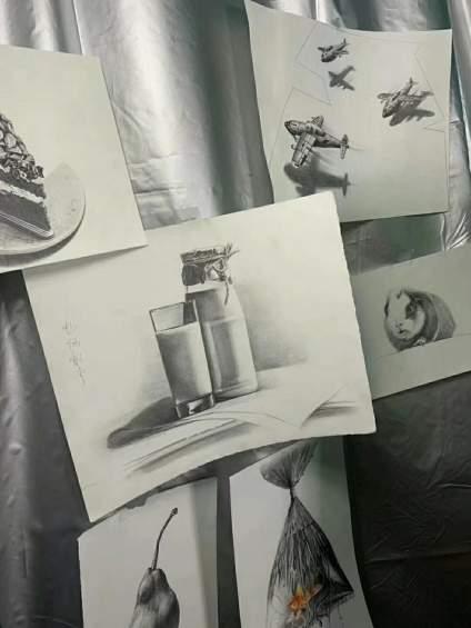 美術小姐姐,最近無聊,想尋找幾個志同道合的朋友一起學習繪畫,一起交流,無