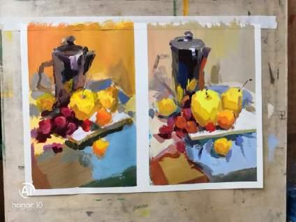 左边是我画的,右边是老师画的。 请老师打分解释一下不足之处,谢谢啦!