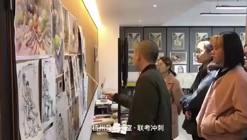 杭州吳越畫室·中國美院國畫人物專業碩士畢業·劉寧老師的速寫課堂,??己笤嚲矸治?,打磨畫面[強]