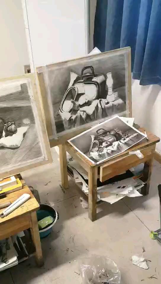 郑州098画室集训作品,加油,进步很大!