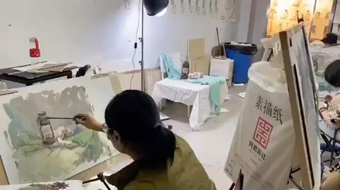 杭州吴越画室高复班,色彩静物写生课堂现场,同学们状态不错[强]