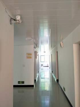 楼道24小时监控保证学生