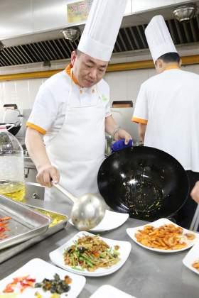 北京水木源画室食堂图4
