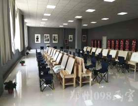 郑州098美术培训学校教室图1